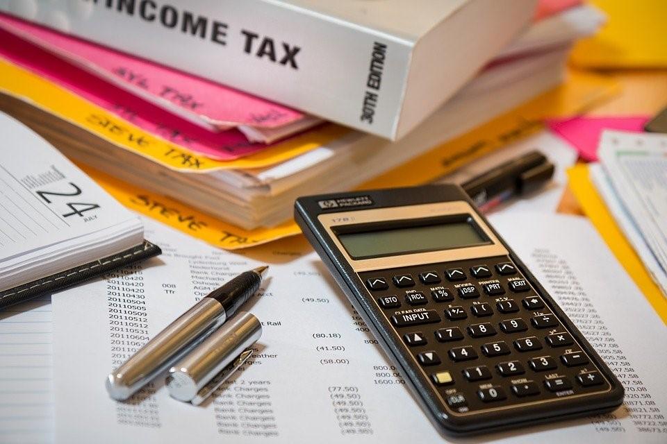 所得税, 電卓, 会計, 金融, 書類, 税, ファイナンス, 税金, 計算, 経済, 計画, 収入, 投資